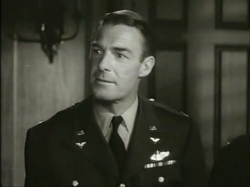 Randolph Scott in Bombardier (1943)