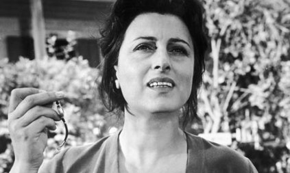 Anna-Magnani-in-The-Rose--001