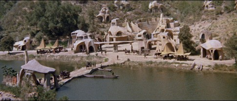 Ape_City_in_Planet_of_the_Apes