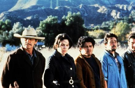 BORDERLINE, first two from left: Charles Bronson, Karmin Murcelo, 1980. ©Associated Film Distribution