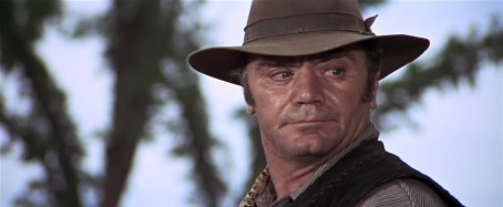 borgnine in bunch