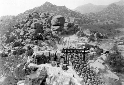 Bridge battle - Tell it to the Marines (1926)