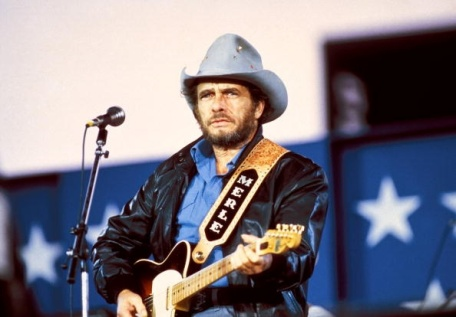 UNSPECIFIED - JANUARY 01: Photo of Merle HAGGARD (Photo by Ebet Roberts/Redferns)