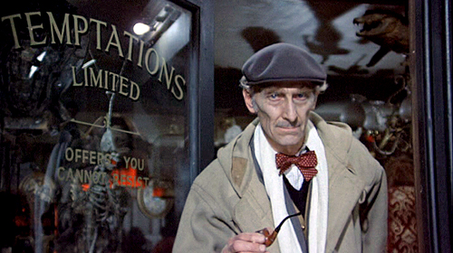Peter-Cushing-From-Beyond-the-Grave