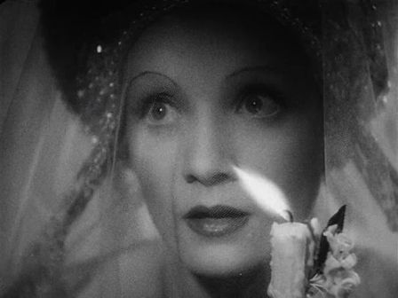 the-scarlett-empress-1934-5