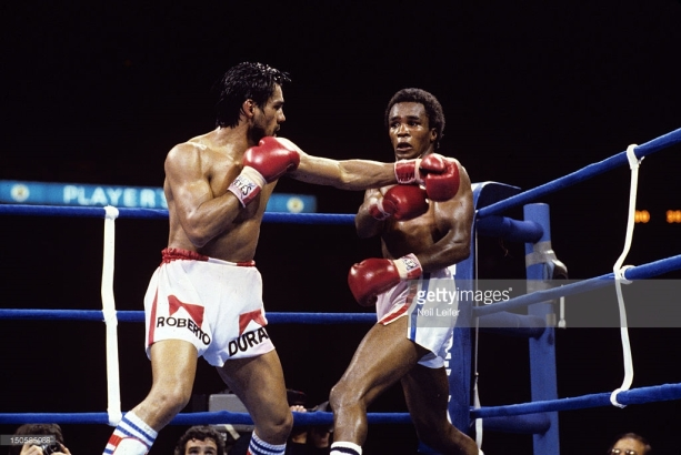 Boxing: WBC Welterweight Title: Roberto Duran (L) in action vs Sugar Ray Leonard during fight at Olympic Stadium. Montreal, Canada 6/20/1980 CREDIT: Neil Leifer (Photo by Neil Leifer /Sports Illustrated/Getty Images) (Set Number: TC24665 )