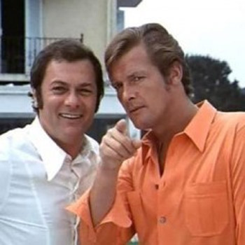 tony-curtis-roger-moore