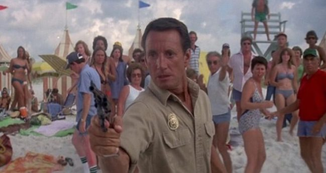 Jaws 2 1978 Mike S Take On The Movies Rediscovering Cinema S Past