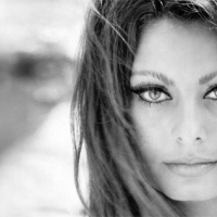Sophia Loren: The Beauty and the Movie Poster